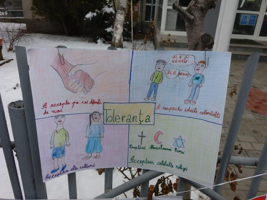 Elevi Supuși Îndoctrinării Liberale La Iași