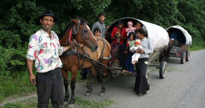 """""""Cultura"""" Țigănească, Bombă Toxică Pentru Poporul Român"""