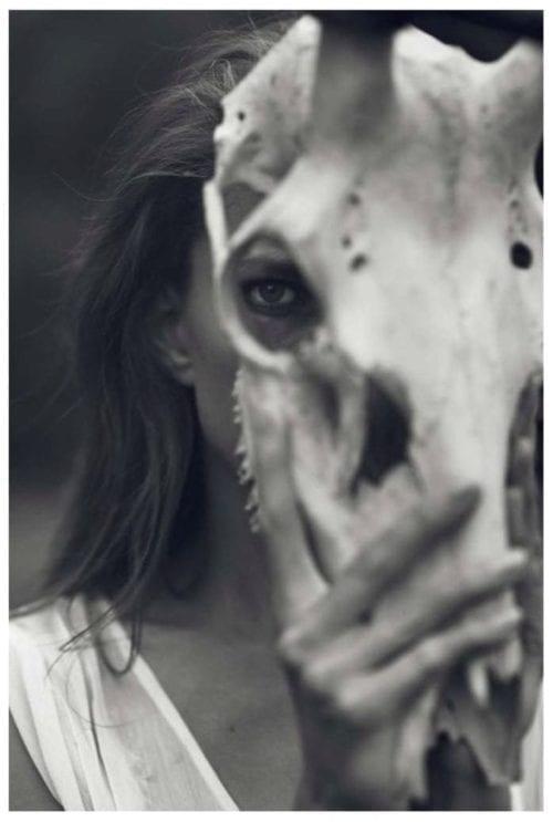 Celine Dion Lansează o Nouă Marcă de Modă (CELINUNUNU)
