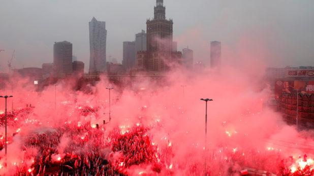 Polonia ARDE cu Focul Viu al Naționalismului