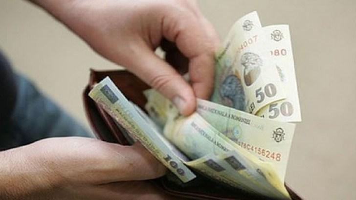 De Ce Nu Trebuie să se Mareasca Salariul Minim