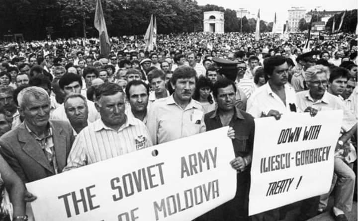 Romania a Trădat Moldova