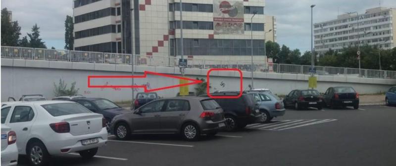 O Zvastică FACE RAVAGII în Ploiești
