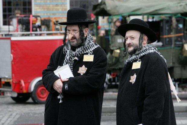 """Carnaval """"Antisemit"""" În Belgia"""