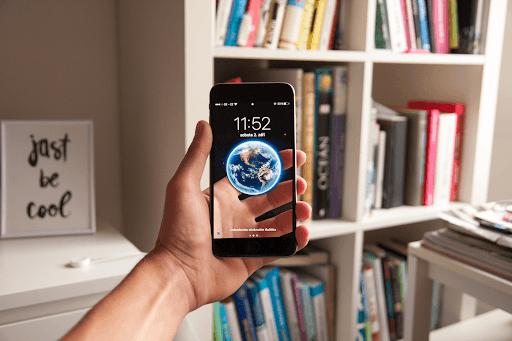 Telefoanele mobile ne-au schimbat felul cum percepem realitatea