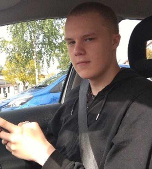 Naționaliștii europeni îl pomenesc pe Tommie Lindh la un an de la moartea tânărului suedez