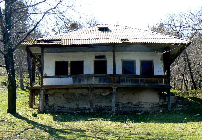 Distrugerea Casei lui Mihai Eminescu de la Văratec