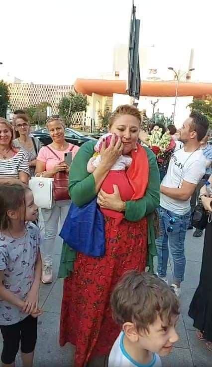Lege împotriva ANTIROMÂNISMULUI pregătită de Diana Șoșoacă