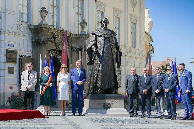 SIBIU: Protest anunțat pe 18 septembrie pentru înlăturarea statuii lui Samuel Brukenthal