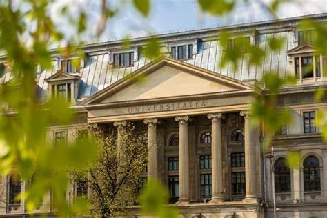 Universitatea București a decis deja apartheidul sanitar